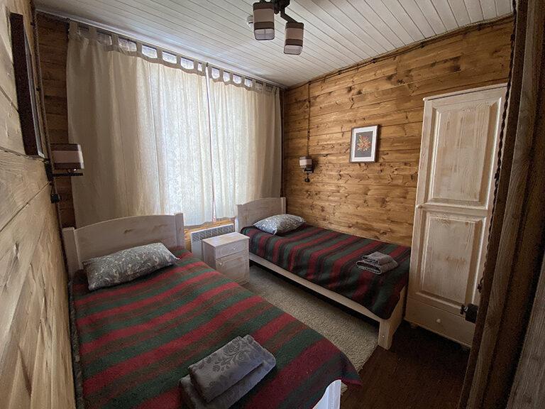 Домик с двумя спальнями (одноэтажный)9