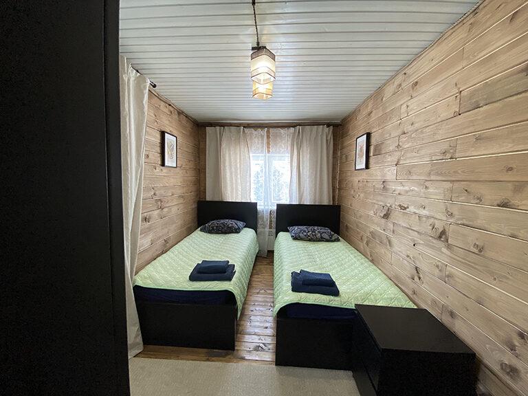 Домик с одной спальней (одноэтажный)3